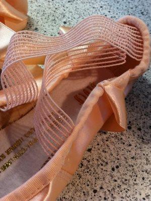 60d82cb7a7e1 Bloch tåspids balletsko serenade - tå sko fra Dansebutikken til ballet